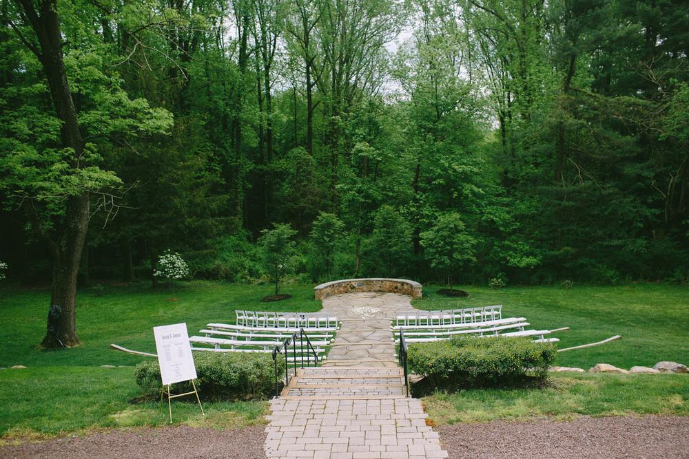 PA vinyard wedding_028.jpg