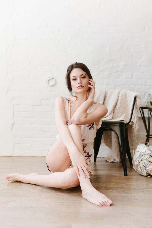 Alexa_modern boudoir003.jpg