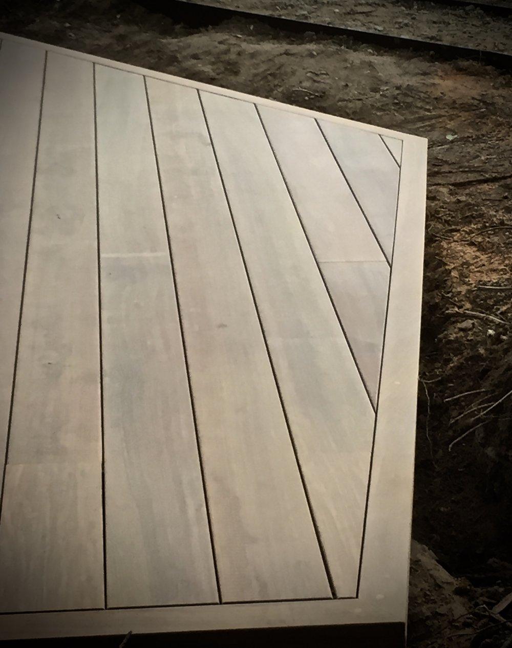 Freestanding Geometric shaped deck in