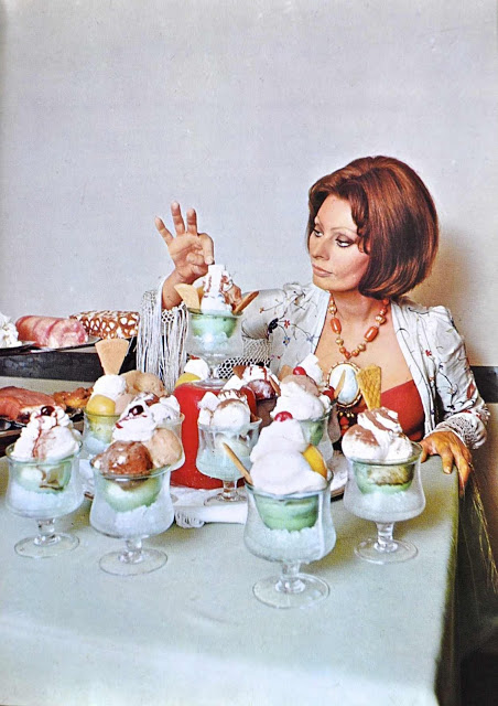 From the book In Cucina Com Amore by Sophia Loren, 1971.