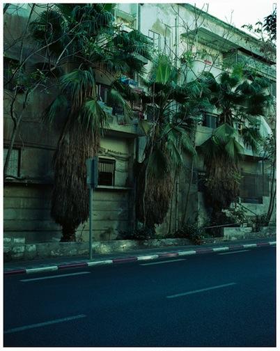 ©Jose Pedro Cortes, Street view#1 , Tel Aviv, Archival Inkjet print on Baryté paper, 80x64 cm, ed.5