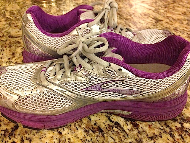 Brooks-Running-Sneakers.JPG