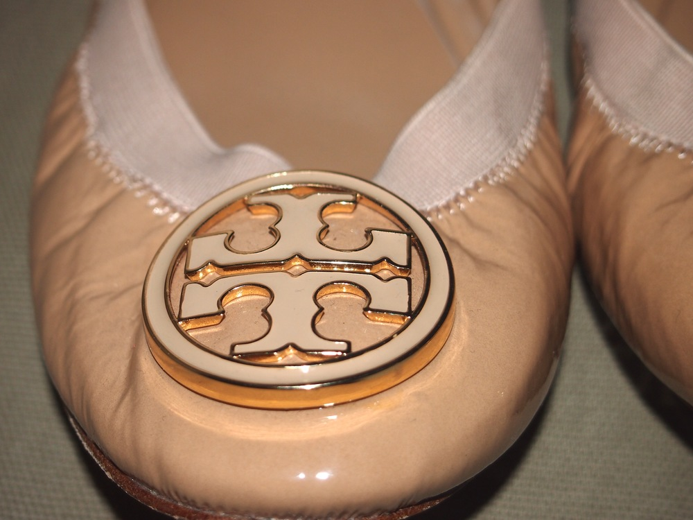 e7b67e9bceeaa Review of Tory Burch Caroline Elastic Trim Ballerina Flats — My ...