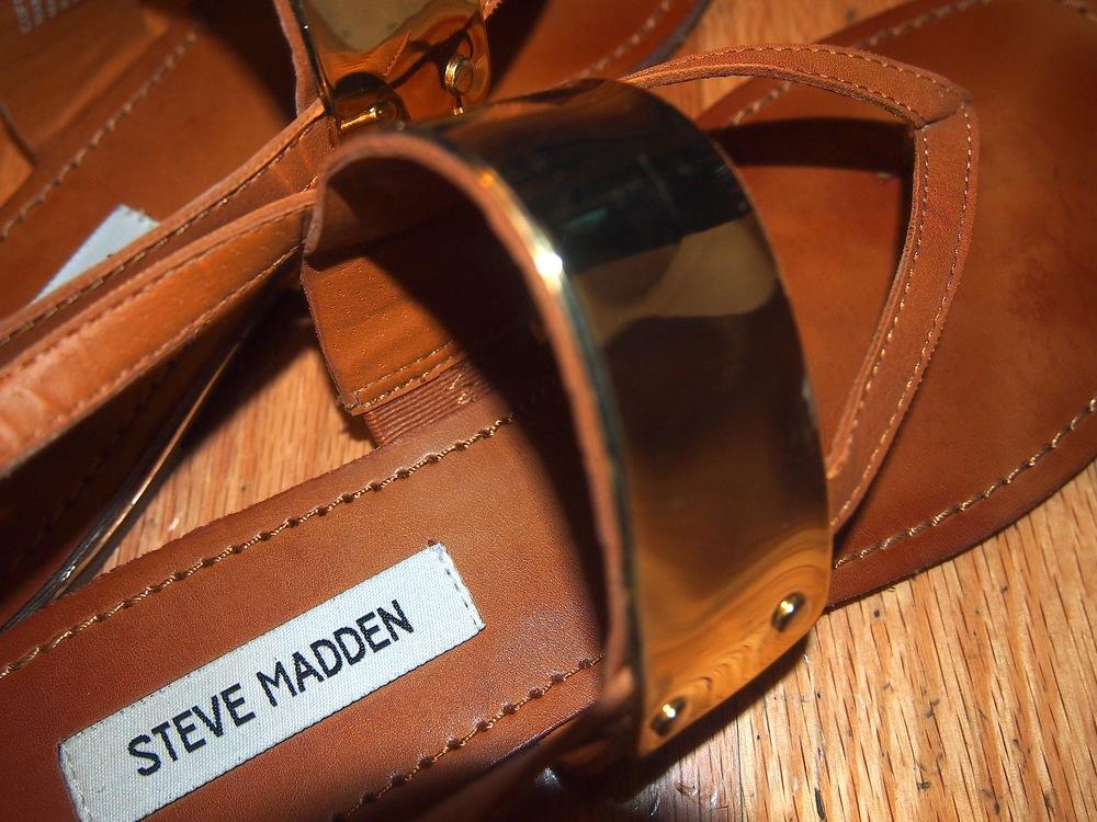 Steve-Madden-Sandal.jpg