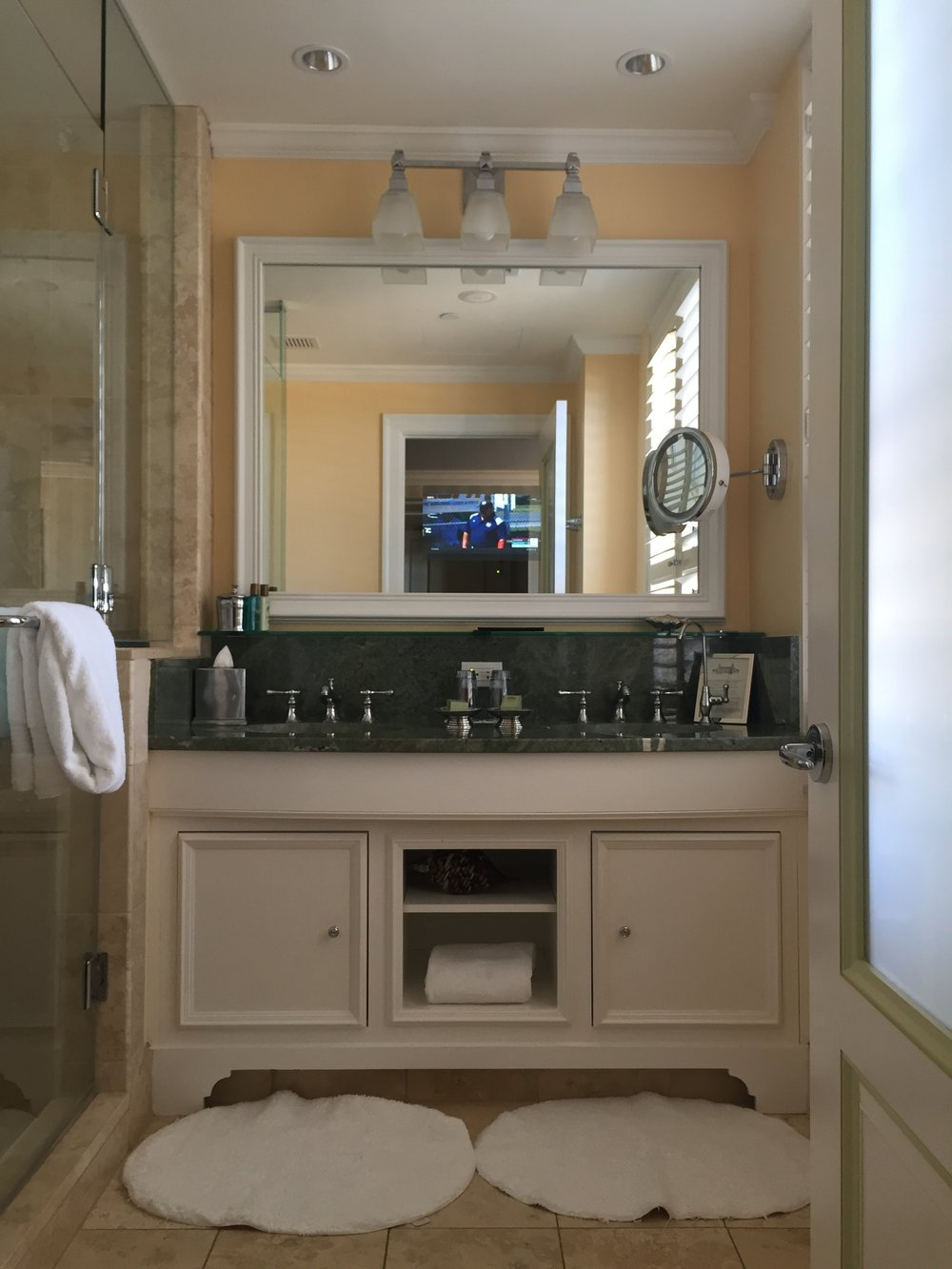thebreakers-travel-review-bathroom.jpg