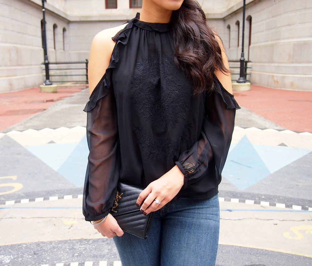 Cold-Shoulder-Blouse