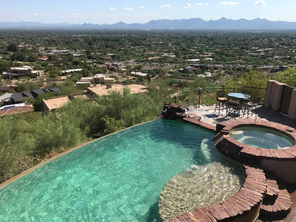 infinity-pool-arizona.jpg