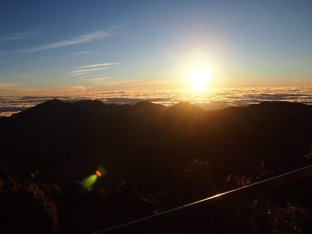 haleakala-national-park-sunrise-maui-itinerary