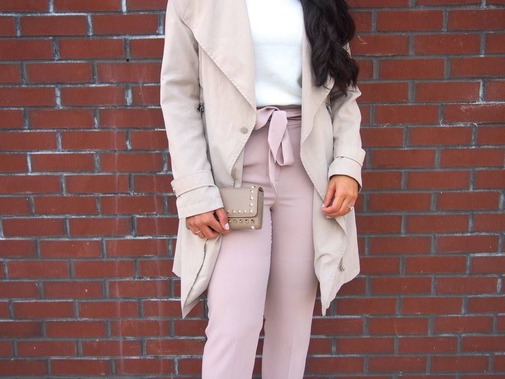 high-waisted-pants-express-winter-fashion