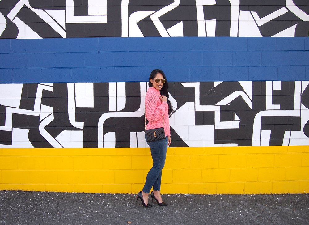 philadelphia-mural-fashion-blogger