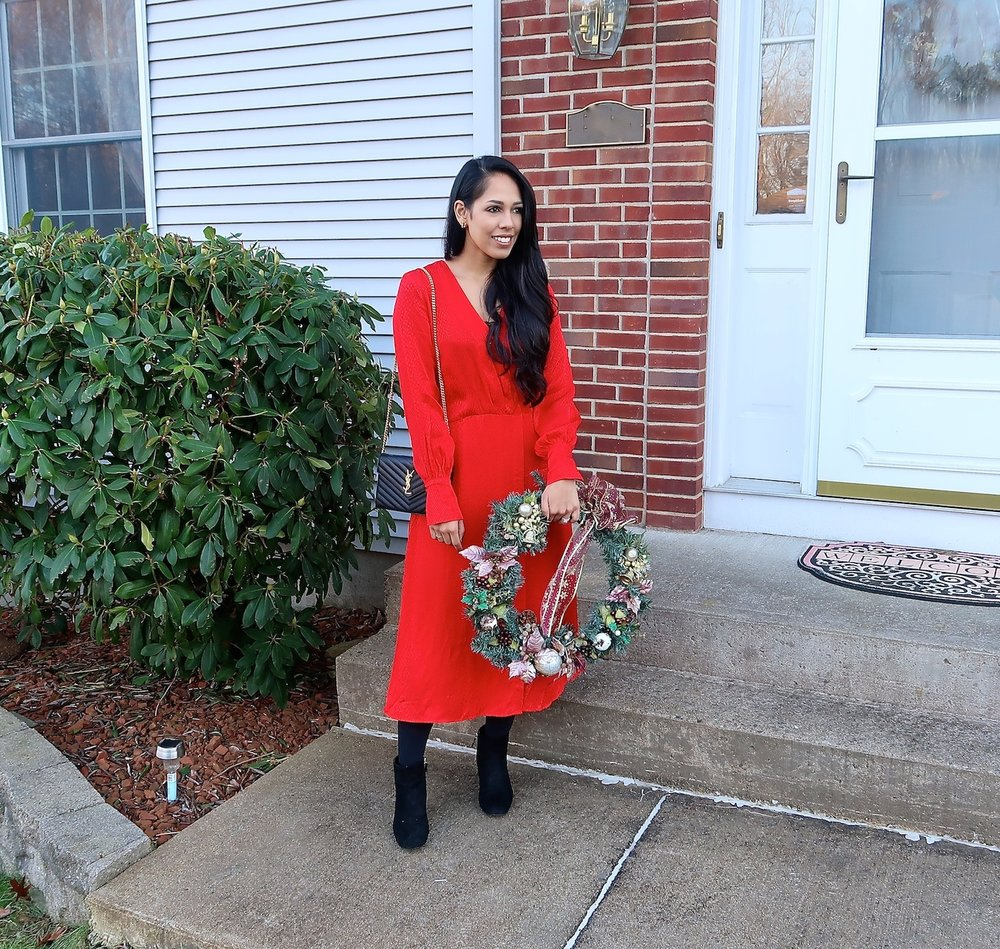 christmas-outfit-idea-red-dress.jpg