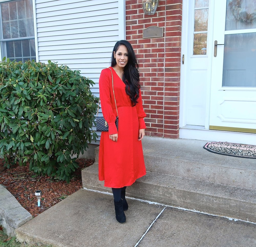 christmas-eve-outfit-idea-red-dress-fashion-blog.jpg