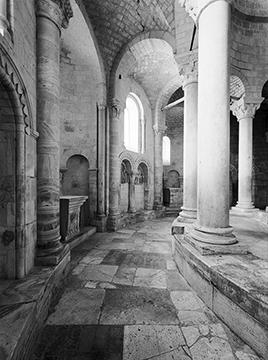 Sant Antimo Ambulatory 18x24.jpg