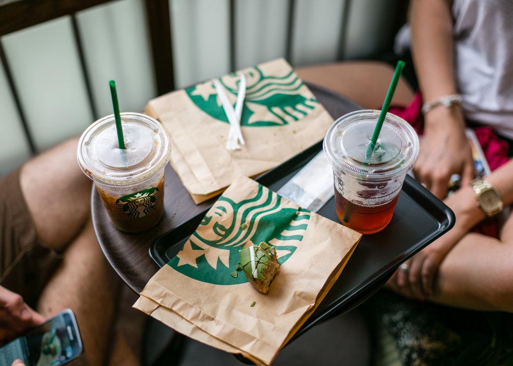 775000622CJ004_Starbucks_Op.JPG