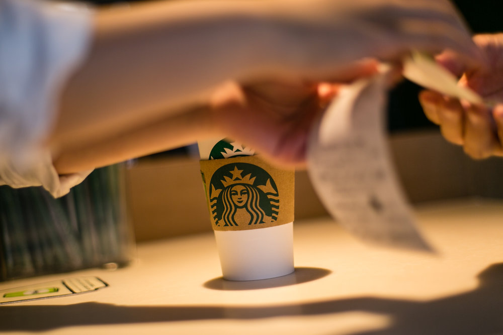 775000622CJ009_Starbucks_Op.JPG