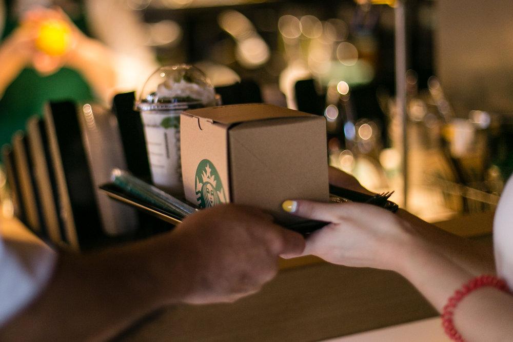 775000622CJ010_Starbucks_Op.JPG