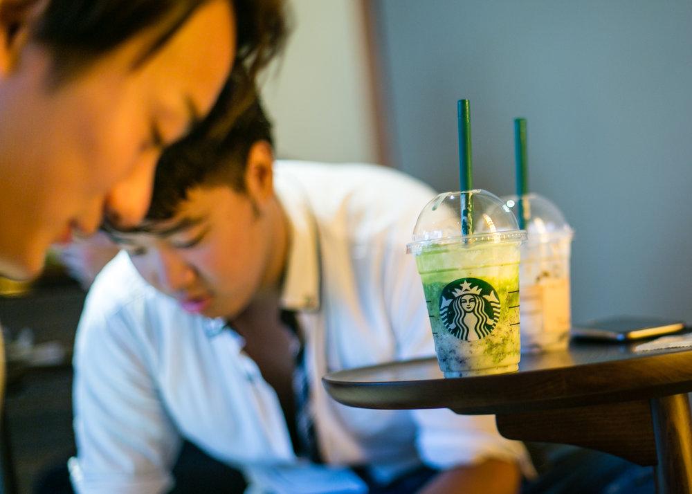 775000622CJ017_Starbucks_Op.JPG