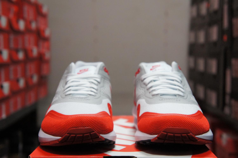 59130c0202 Nike Air Max Lunar 1