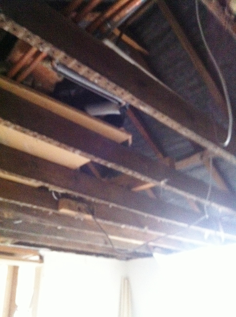 Original rafters to ceiling in main bedroom...