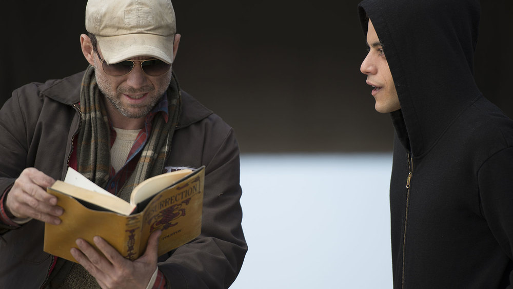 Christian Slater and Rami Malek in  Mr. Robot.  (USA)