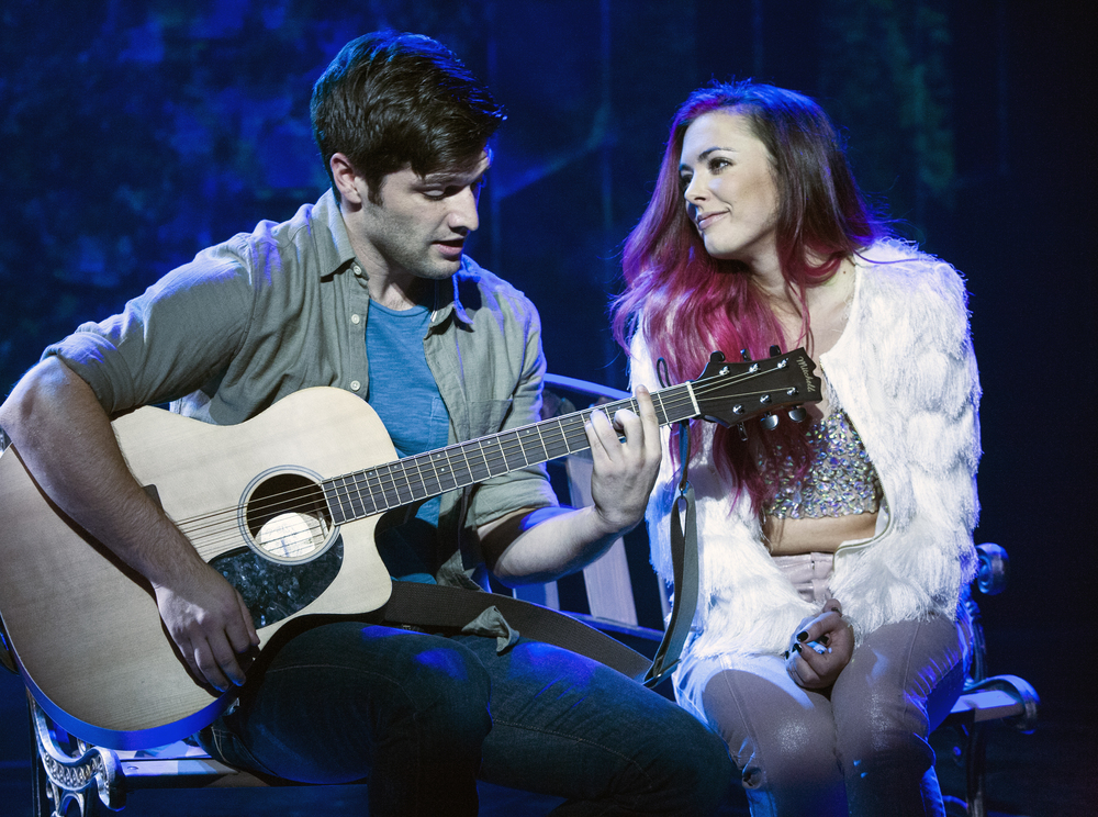 Sam Edgerly and Desi Oakley in  Girlstar  at Signature Theatre. (Christopher Mueller)