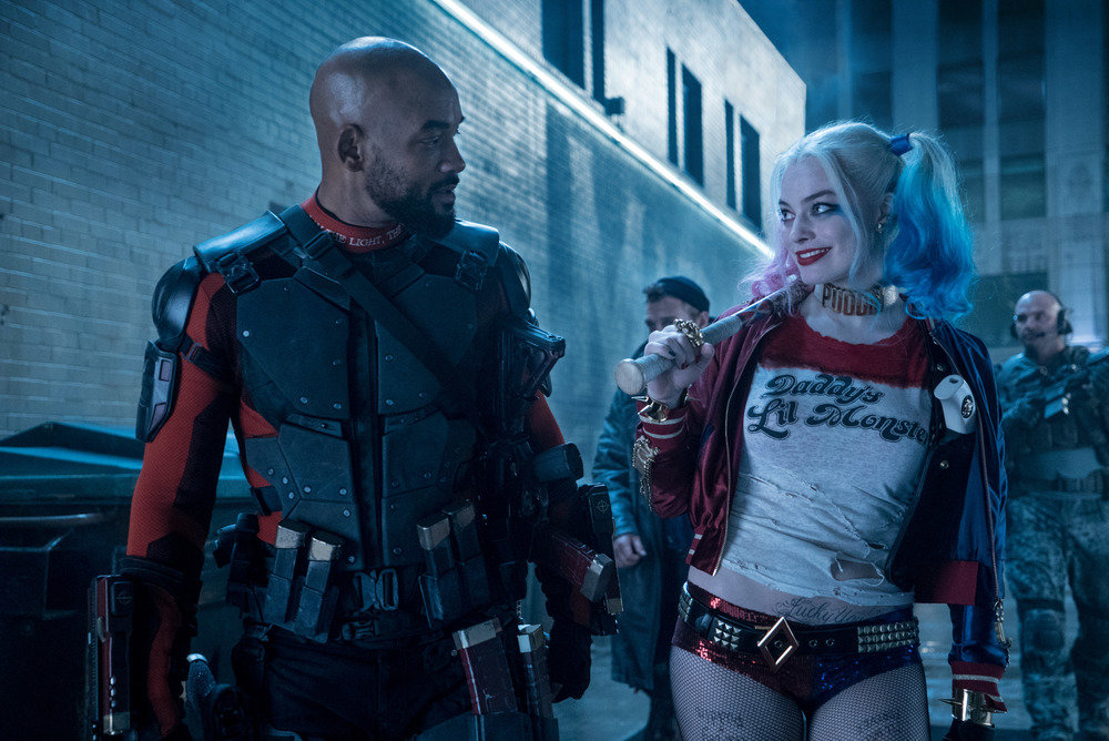 """""""I loved you in that movie Focus."""" Will Smith and Margot Robbie. (Clay Enos/Warner Bros.)"""
