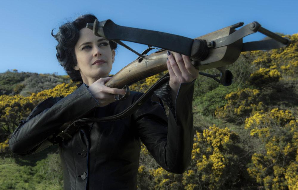 Eva Green as Miss Peregrine (Jay Maidment / Twentieth Century Fox)
