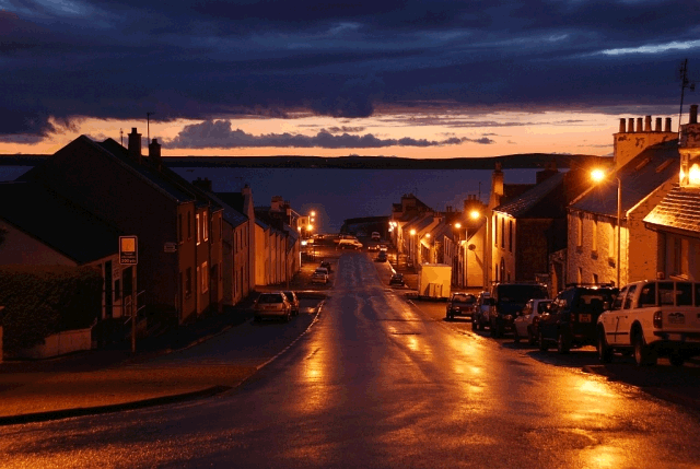 bowmore_at_night.png
