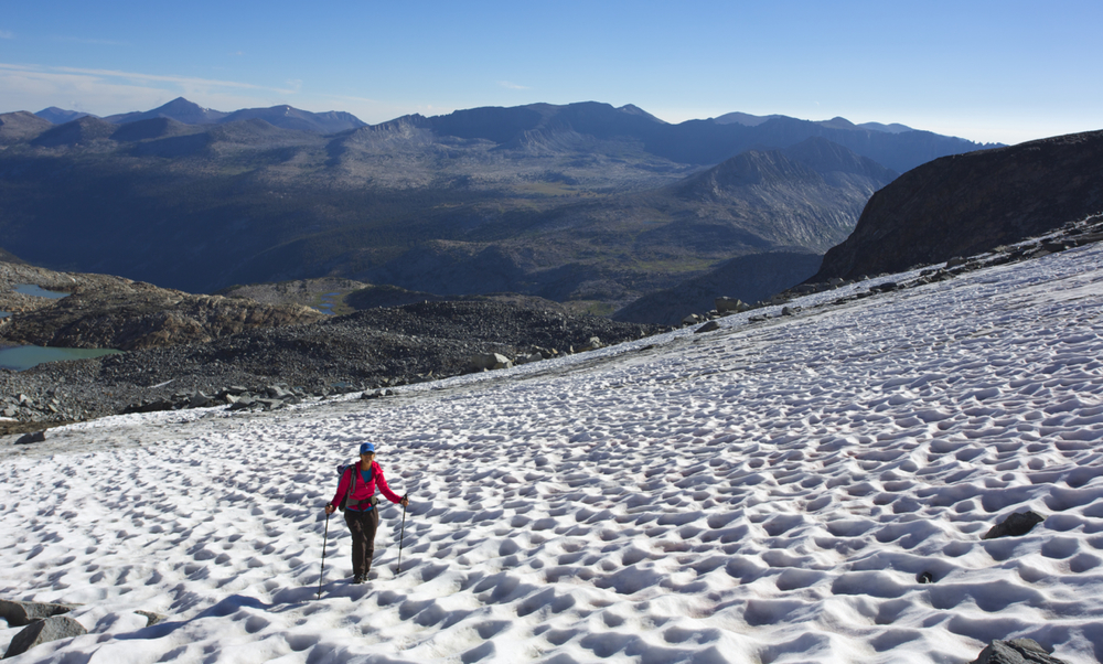 On the upper glacier, approaching the col that separates Mount Lyell and Mount Maclure.