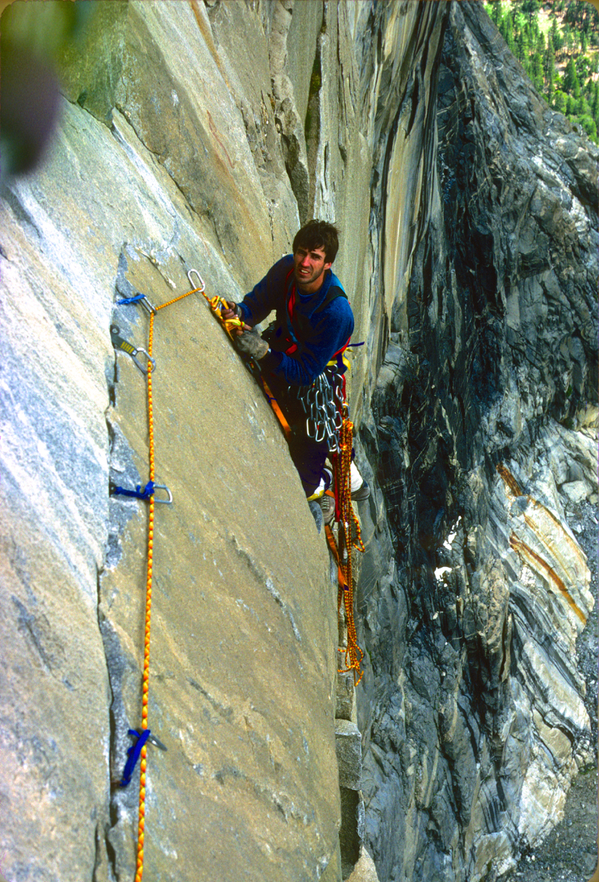 Cleaning a pitch high on the Zodiac, El Cap, Yosemite.