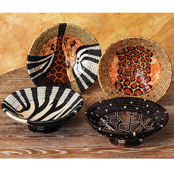 wild life bowls smithsonian.jpg