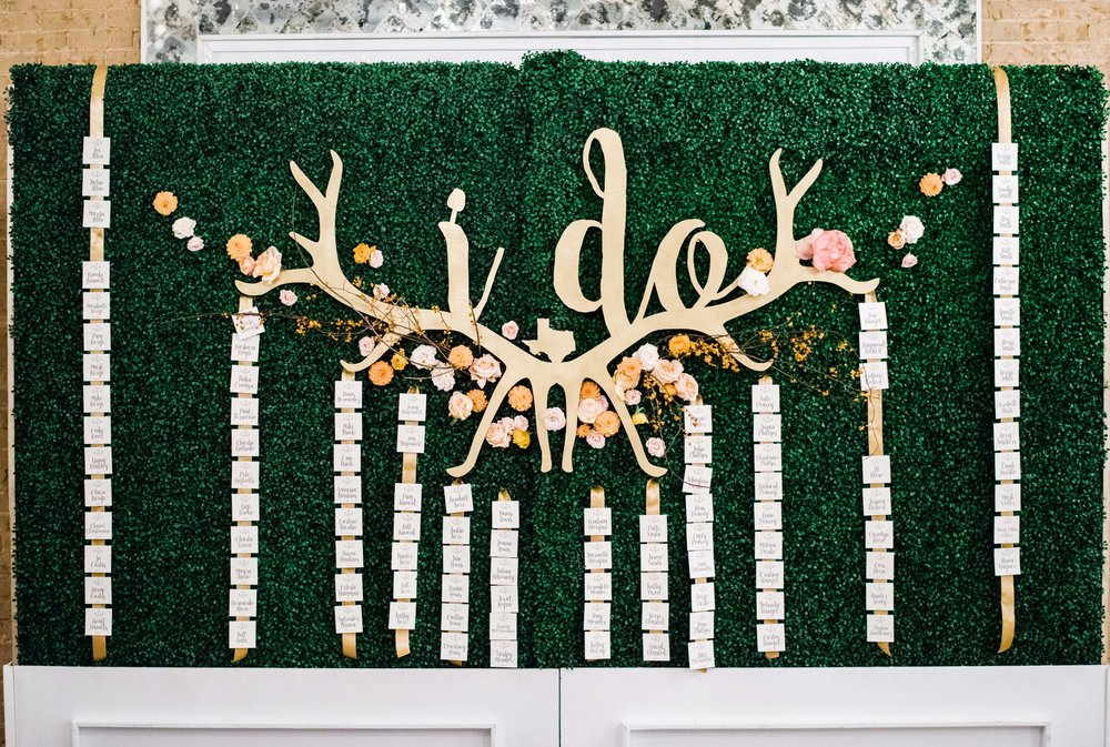CW Designs Place Cards Hedge Wall.jpg