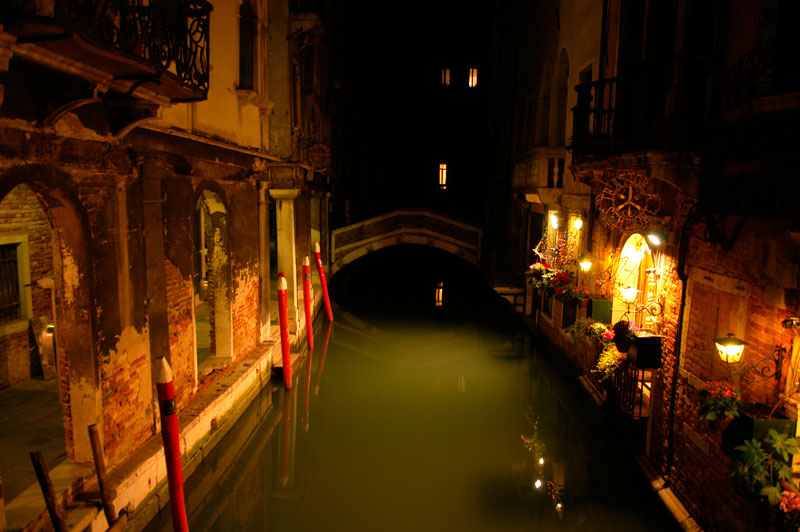 Bilde-3.-Venetian-nights.jpg