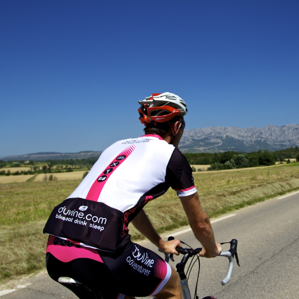 Cycling to Aix