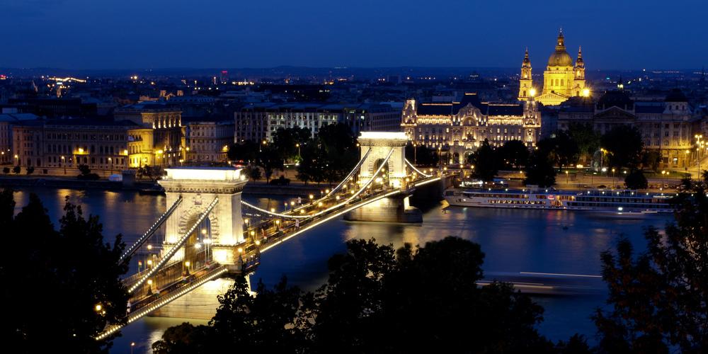 Chain Bridge over the Danube, Budapest, Hungary