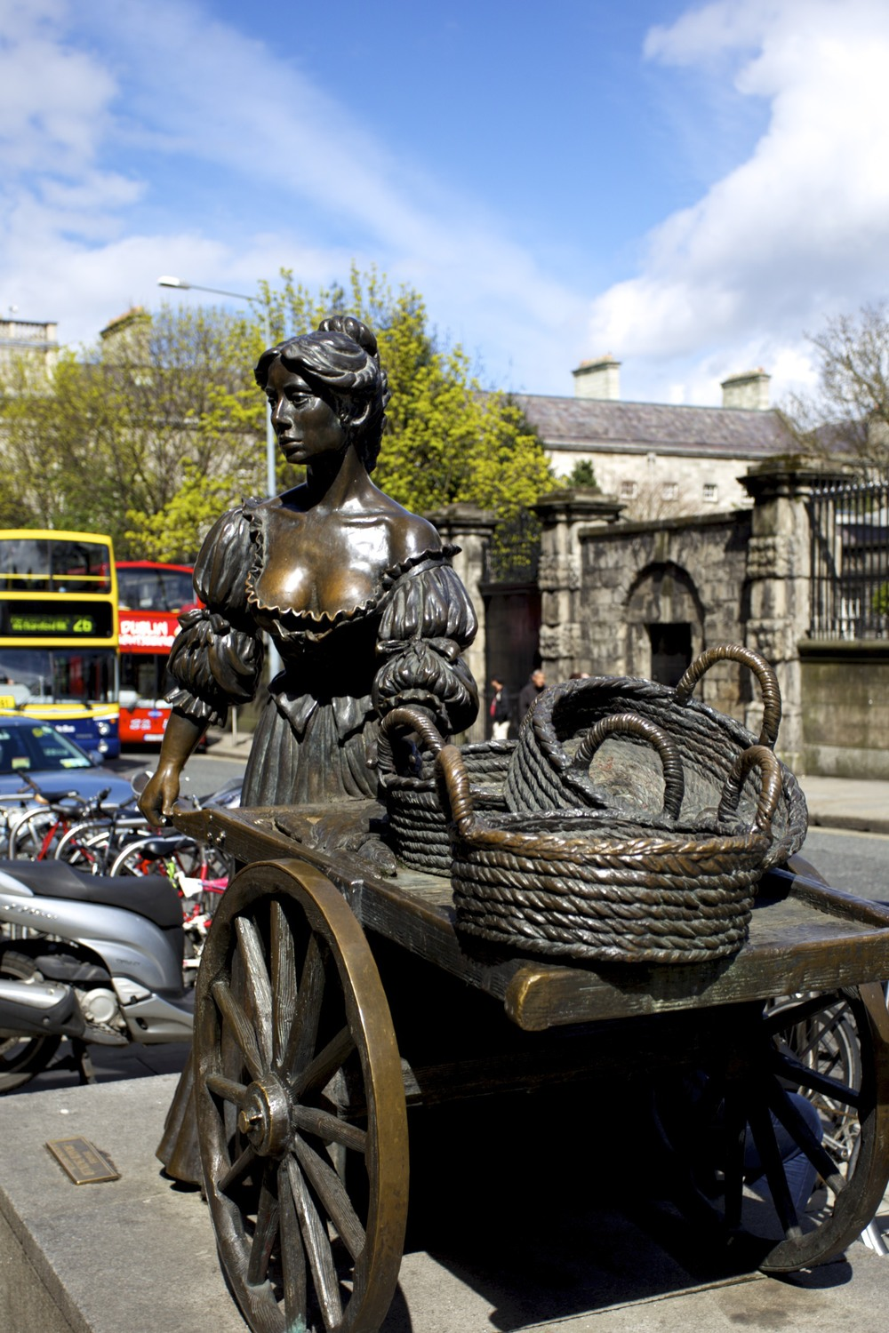 mollymalone_1_tpace.jpg