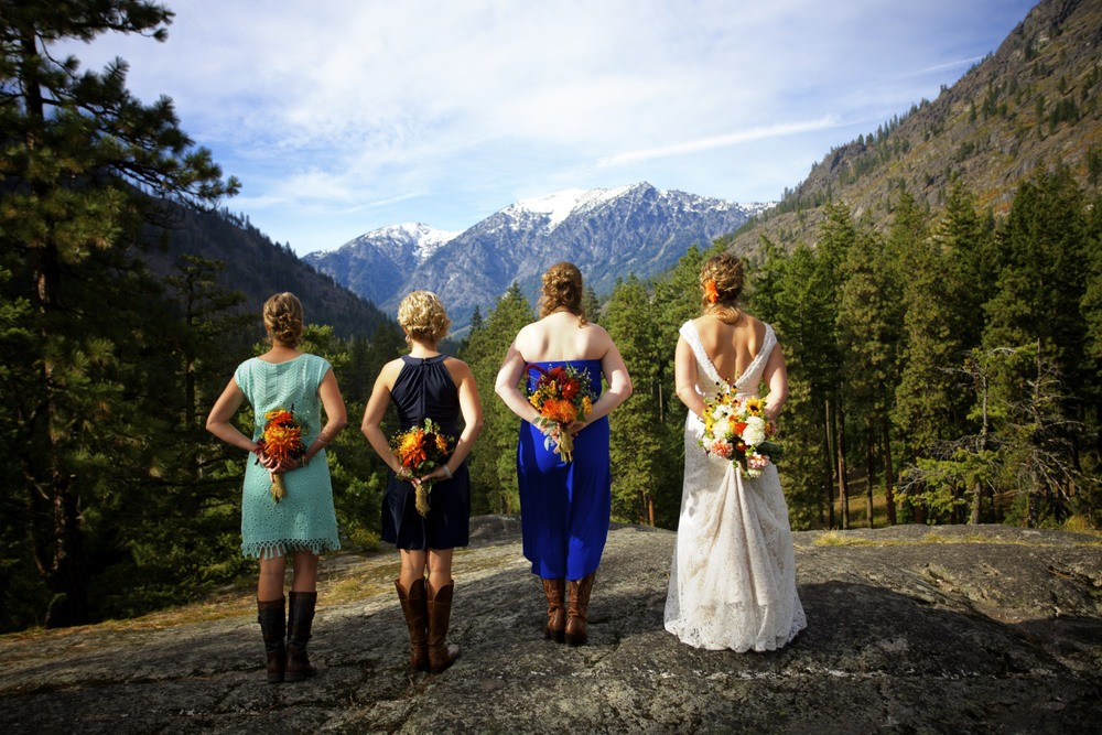 Flowers, bridesmaids & the bride