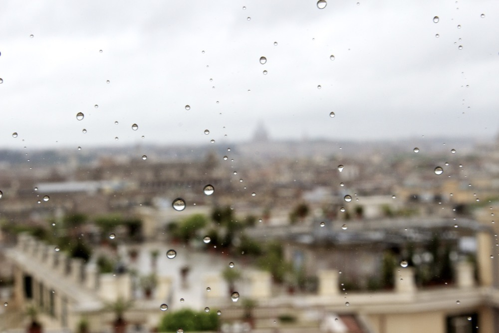 Rain drops over Rome.jpg