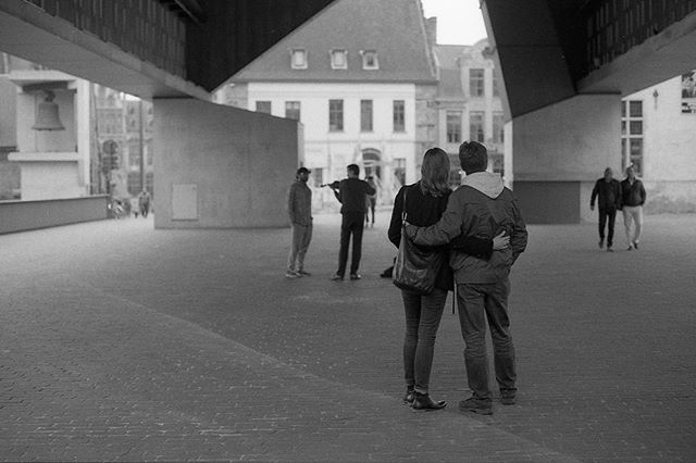 A few months ago I was trying out Bergger Pancro400 while exploring Gent, Belgium and saw this couple enjoying the scenery. #berggerpancro400 #couple #ber49 #bergger_official #ourstreets #buyfilmnotmegapixels #analogphotography #filmphotography #filmisnotdead #love #streetphotography #jetaime #belgium #olympusom1 #blackandwhite #developedathome