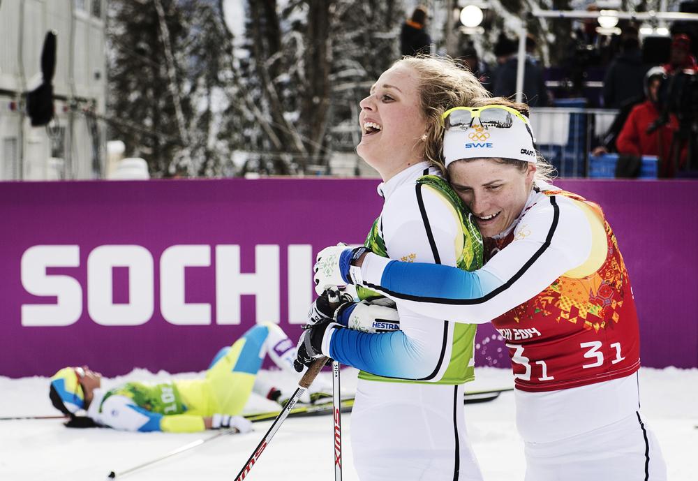 Stina Nilsson och Ida Ingmarsdotter knep bronsmedaljen i sprintstafetten.