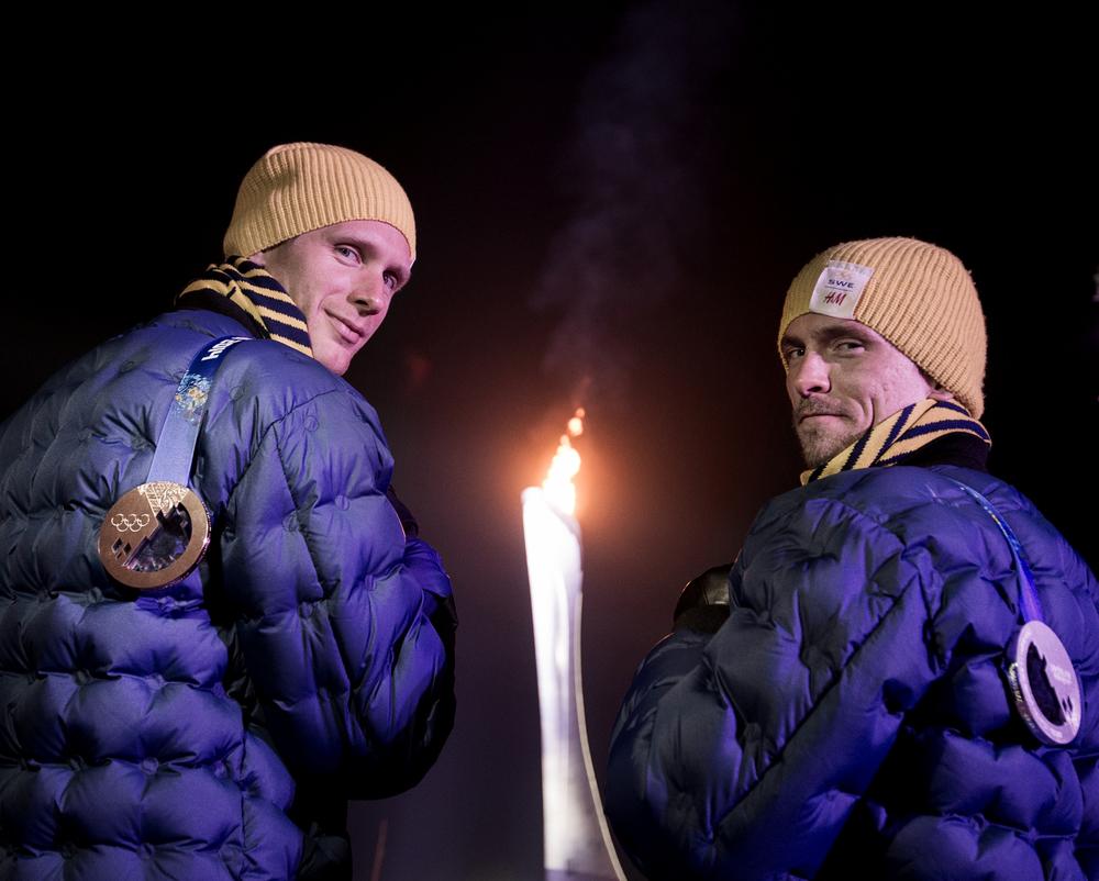 Daniel Richardsson knep en bronsmedalj och Johan Olsson silver, under 15 km klassiskt under OS i Sotji.