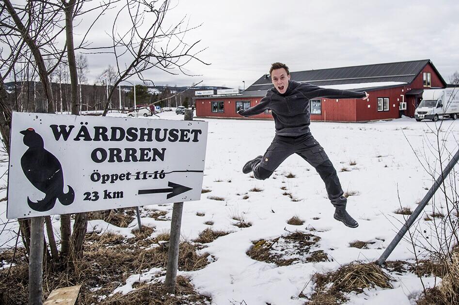På jobbresa i norr, hittade en fin fin skylt! Foto: Christoffer Nilsson