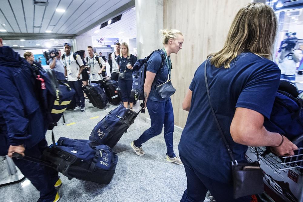 OS_svenskar_flygplatsen_FOTOGRAFPONTUSORRE0253.JPG