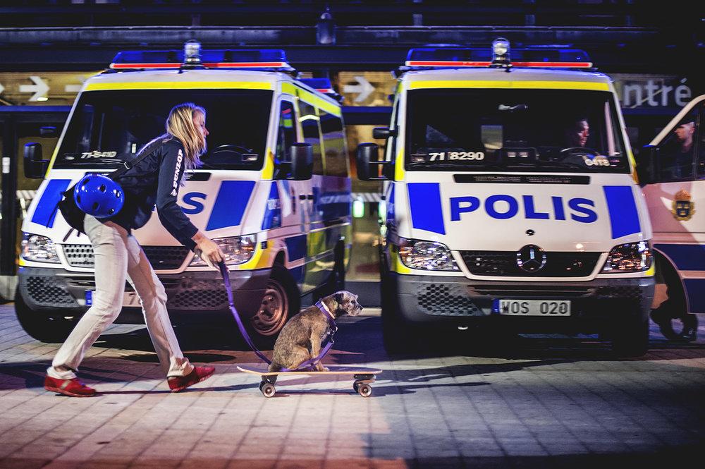 Arenatorget, Stockholm, den 21 september kl 20:56.