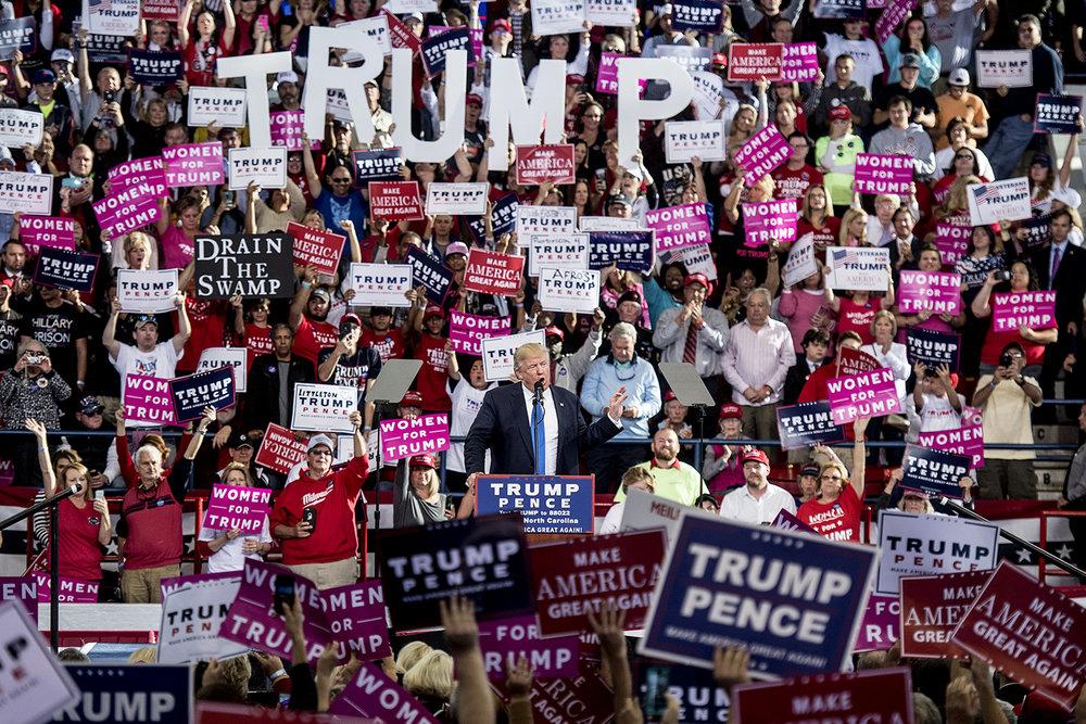Donald Trump talade i Raleigh, North Carolina.