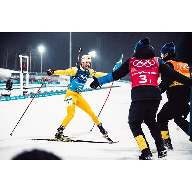 Olympics, day 22.  Swedish gold in biathlon and a furious Sandra Näslund on 4th place in the skicross final. #olympics