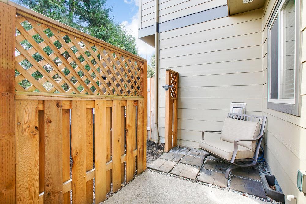 25_11302 SW Hallmark Terrace_9007.jpg