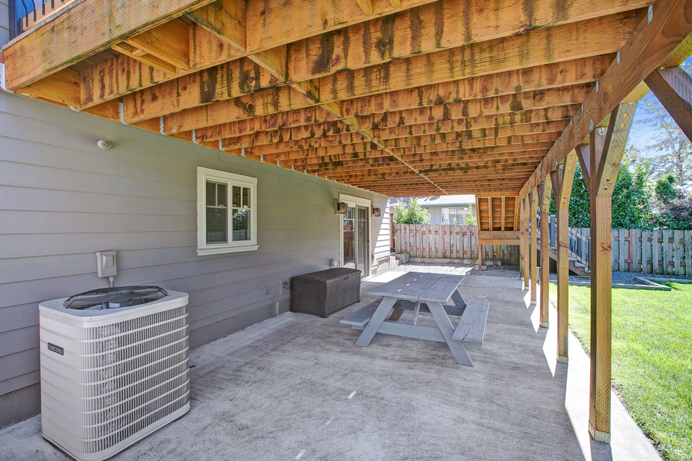 048_978 Josephine St., Oregon City_D3A1764.jpg