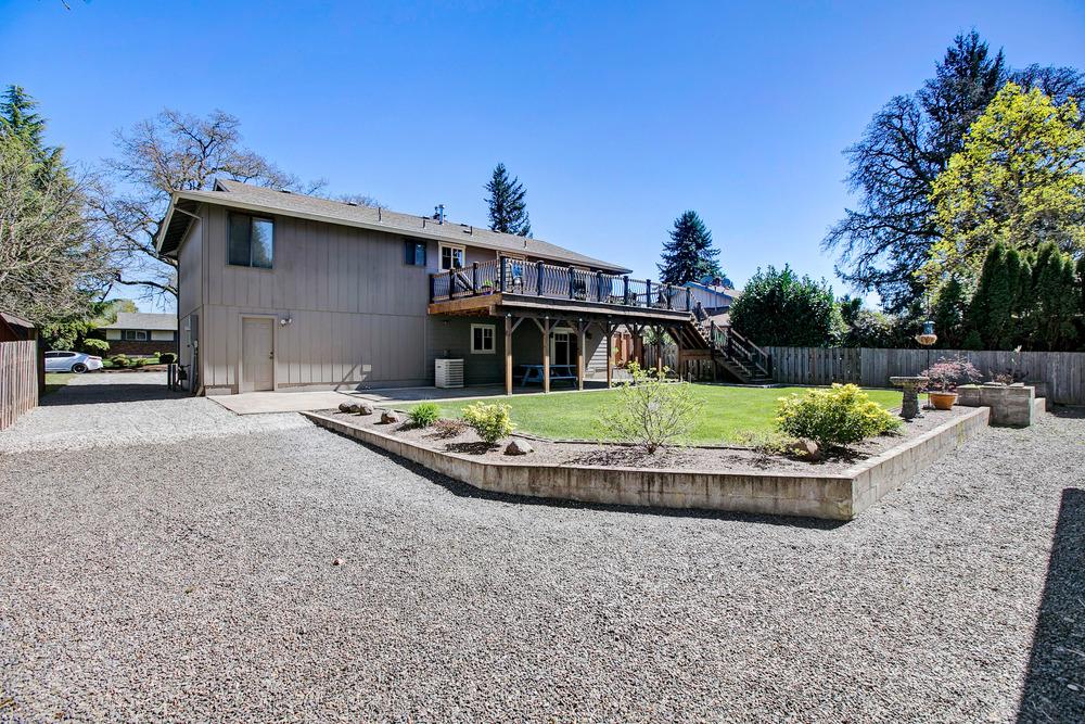 047_978 Josephine St., Oregon City_D3A1754.jpg