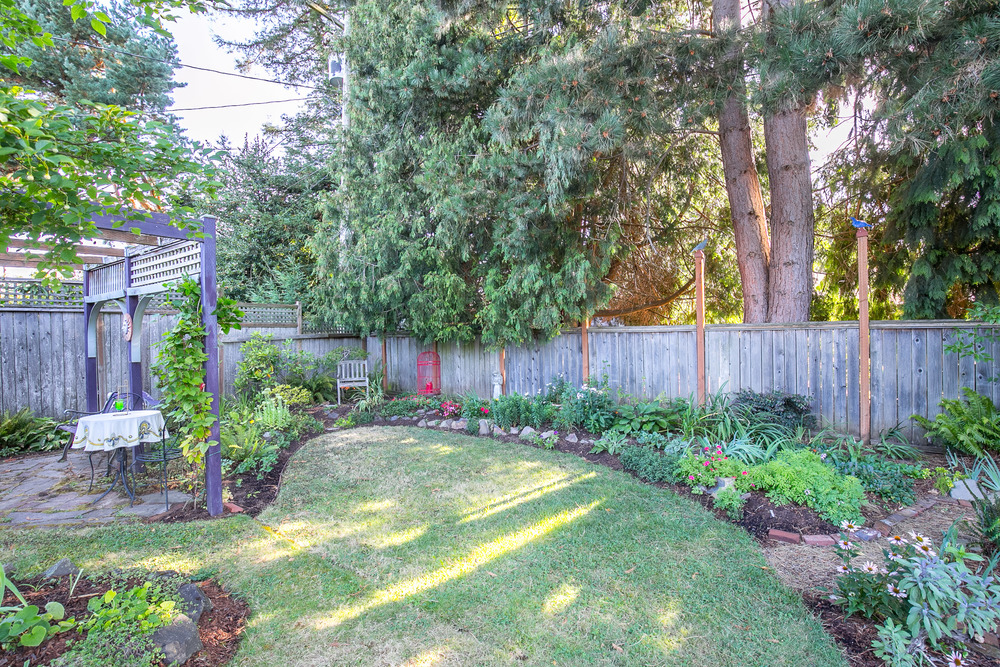 039_8612 SE 33rd Ave., Portland_MG_6075-HDR.jpg